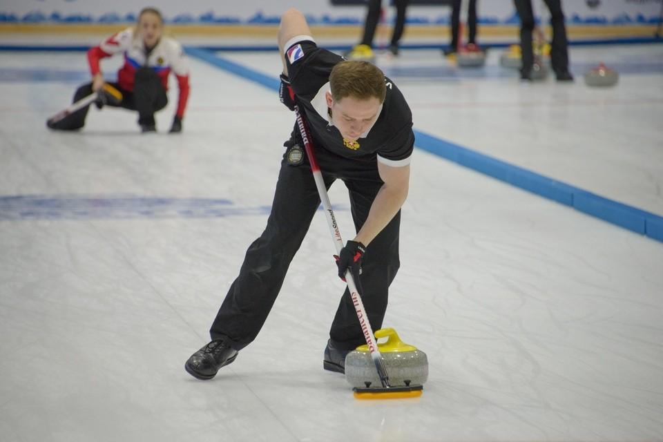 Звезды мирового керлинга приехали в Дудинку на Арктический кубок. Фото: arcticcurling.com