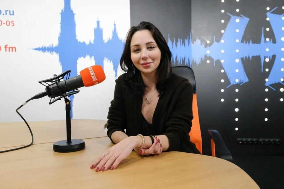 Елизавета Туктамышева дала новое откровенное интервью, в этот раз на ПМЭФ-21.