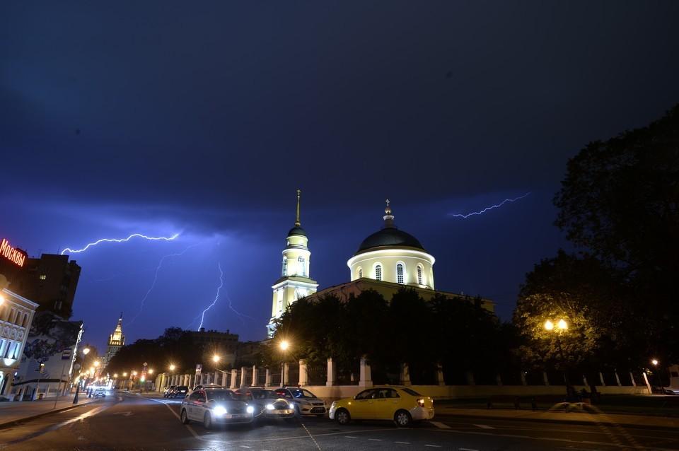 Погода в Краснодаре на 7 июня 2021 года: ливни, грозы и ураган проверят на прочность жителей краевой столицы