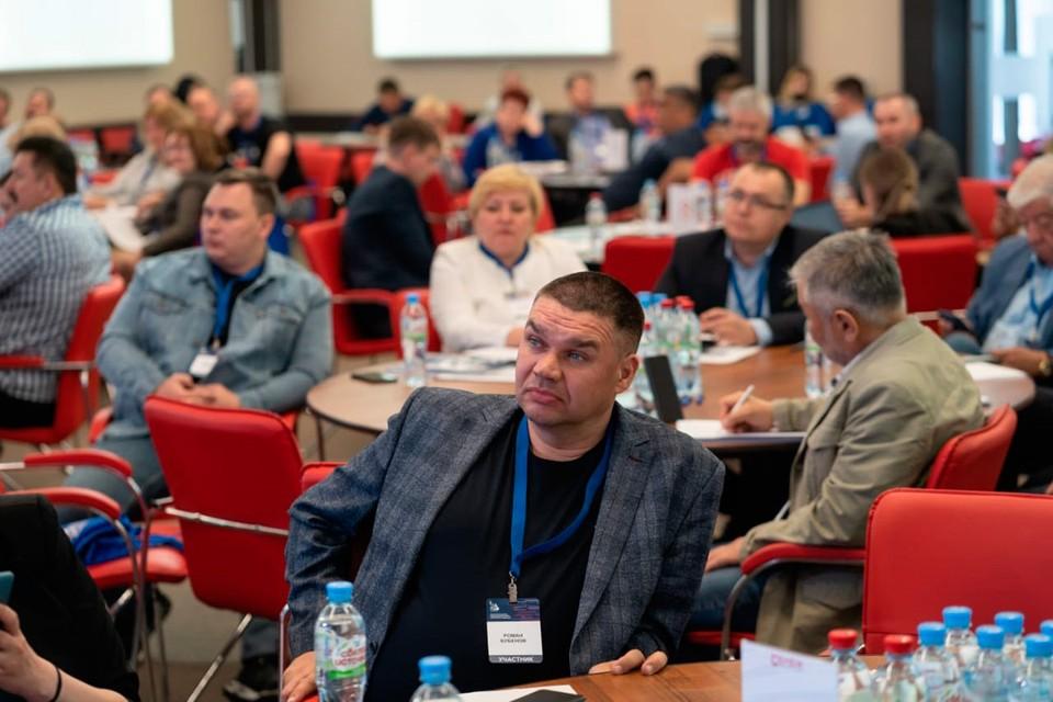 Члены общественных палат со всех регионов страны обменялись опытом на проектном семинаре в Подмосковье. Фото: Роман Бубёнов.