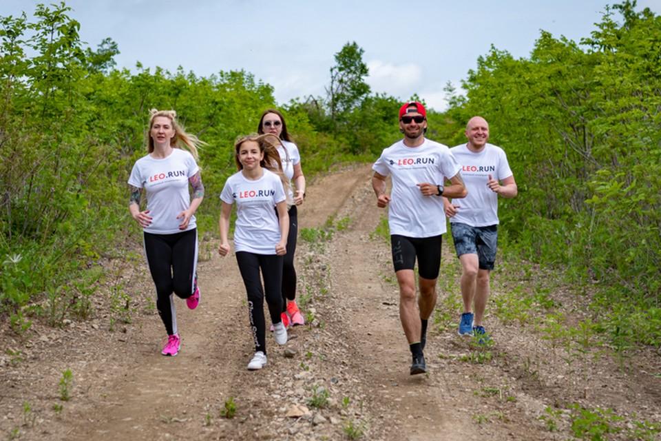 Дистанции в 3, 5, 10 и 21 километров позволят участвовать как опытным бегунам, так и новичкам. Фото: предоставлено организаторами Leo.Run