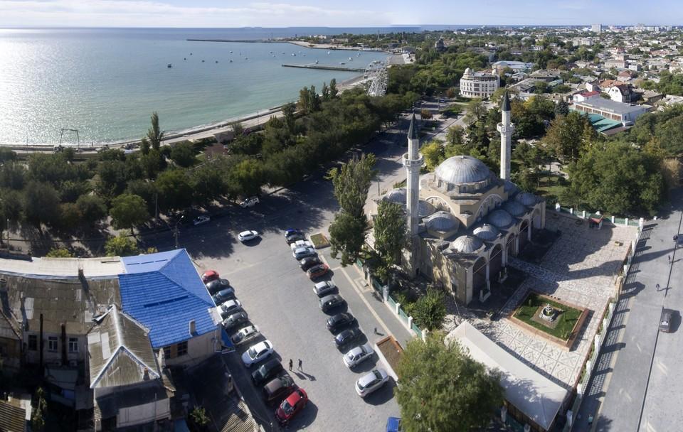 В Крыму не будут использовать просочившуюся сквозь дамбу в Украине воду.