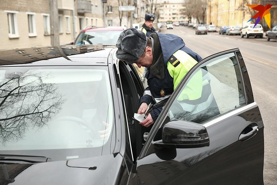 В Беларуси водителям-должникам запретят садиться за руль и охотиться