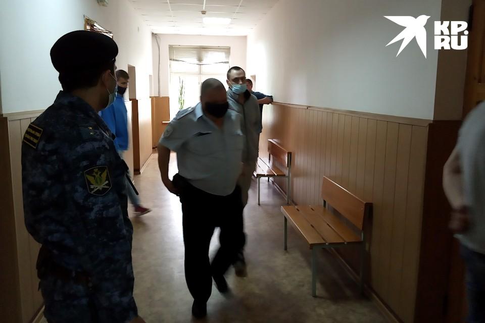 В Твери скоро озвучат приговор наркоторговцам, которые произвели около 30 килограммов рублей.