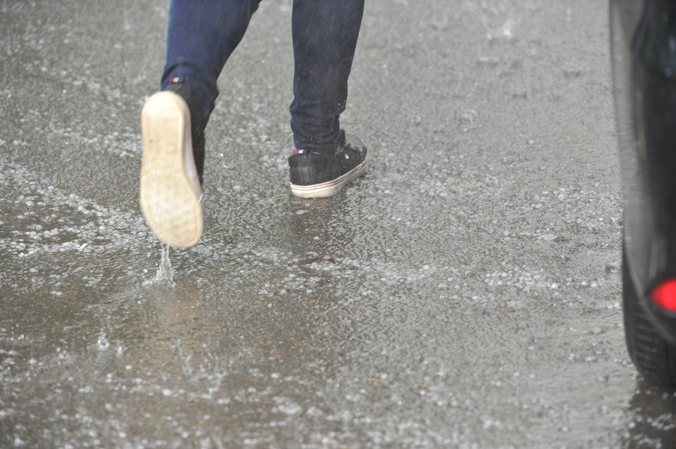 Днем кратковременные дожди, местами грозы, в отдельных районах град.