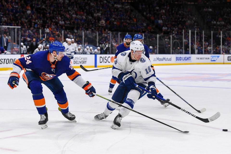 """""""Нью-Йорк Айлендерс"""" одержали победу над """"Тампу-Бэй Лайтнинг"""" в плей-офф НХЛ"""