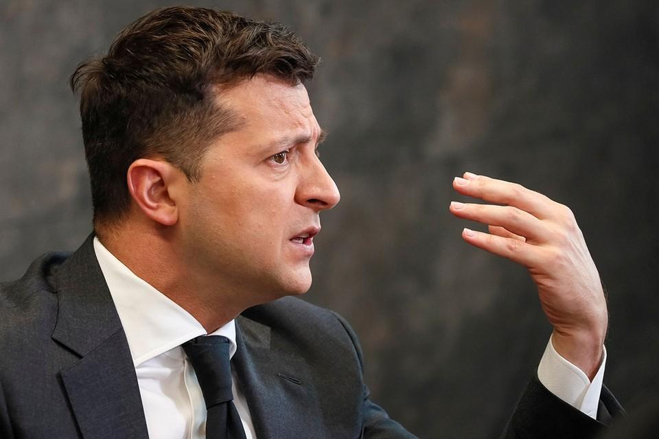 Оказалось, что украинский лидер настоящий хозяин своего слова. Захотел — дал, захотел — взял обратно