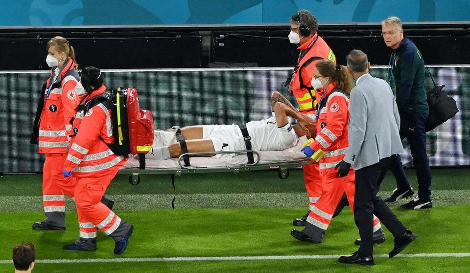 Один из лучших защитников Евро-2020 - Спинаццола - выбыл до конца турнира. Фото: Reuters