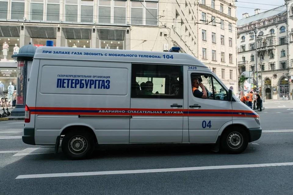 В Петербурге в одном из домов на Гданьской улице произошла утечка газа.