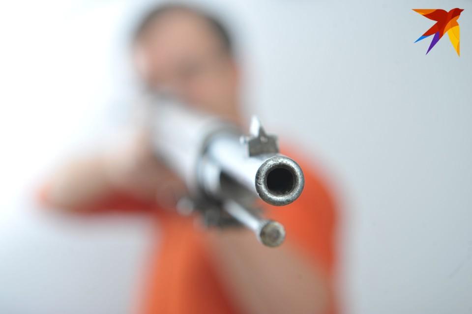 Полиция напоминает, что найденное оружие надо сдавать.