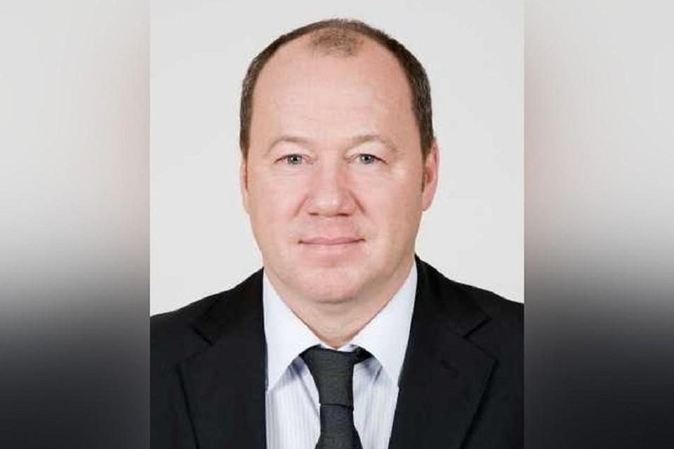 В Новосибирске депутата Александра Морозова, обвиняемого в мошенничестве, лишили мандата. Фото: zsnso.ru.