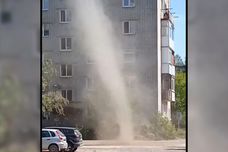 В англоязычных странах пыльный вихрь имеет разговорное название «пылевой дьявол»