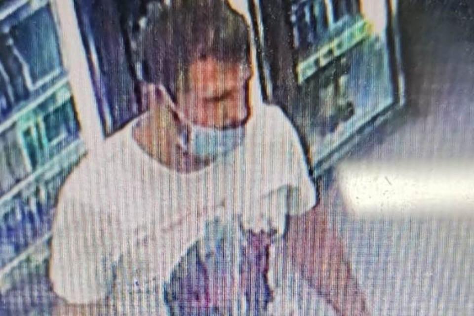 Мужчина во вторник, 6 июля, расплатился поддельной купюрой в магазине, «Красное белое». Фото: пресс-служба УМВД России по Брянской области.
