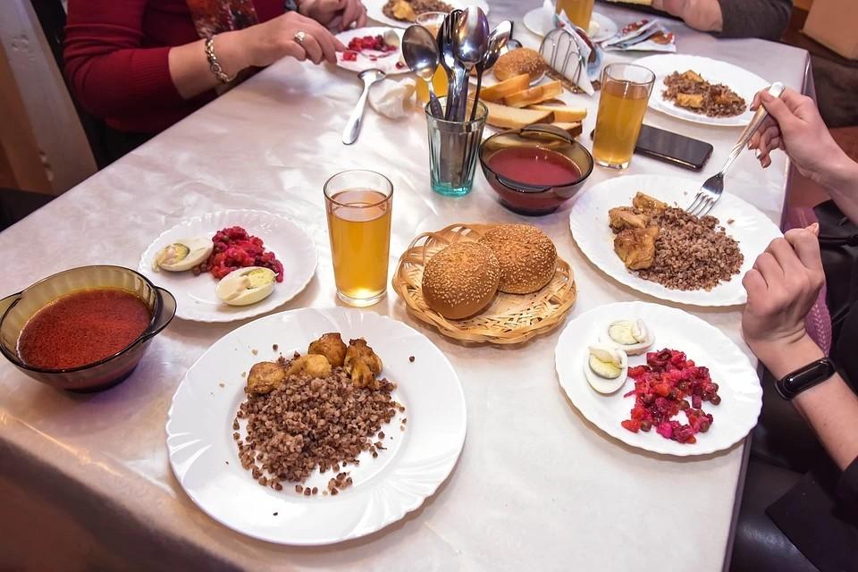 Цены в ресторанах и кафе проштудировали специалисты Тверьстата.