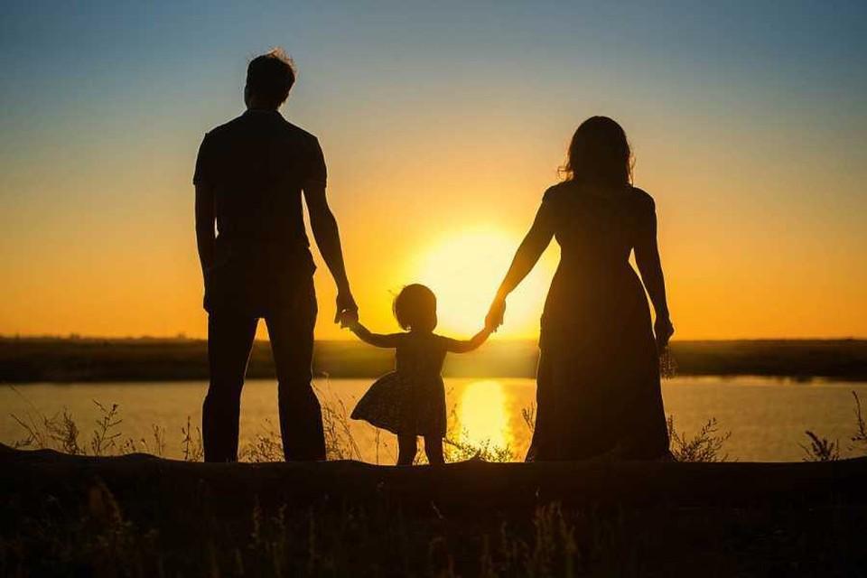 Отцовский пример очень много значит и для девочек, и особенно для мальчиков