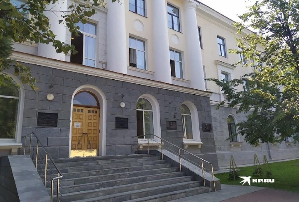 ЧП произошло в здании на Софьи Ковалевской, 18