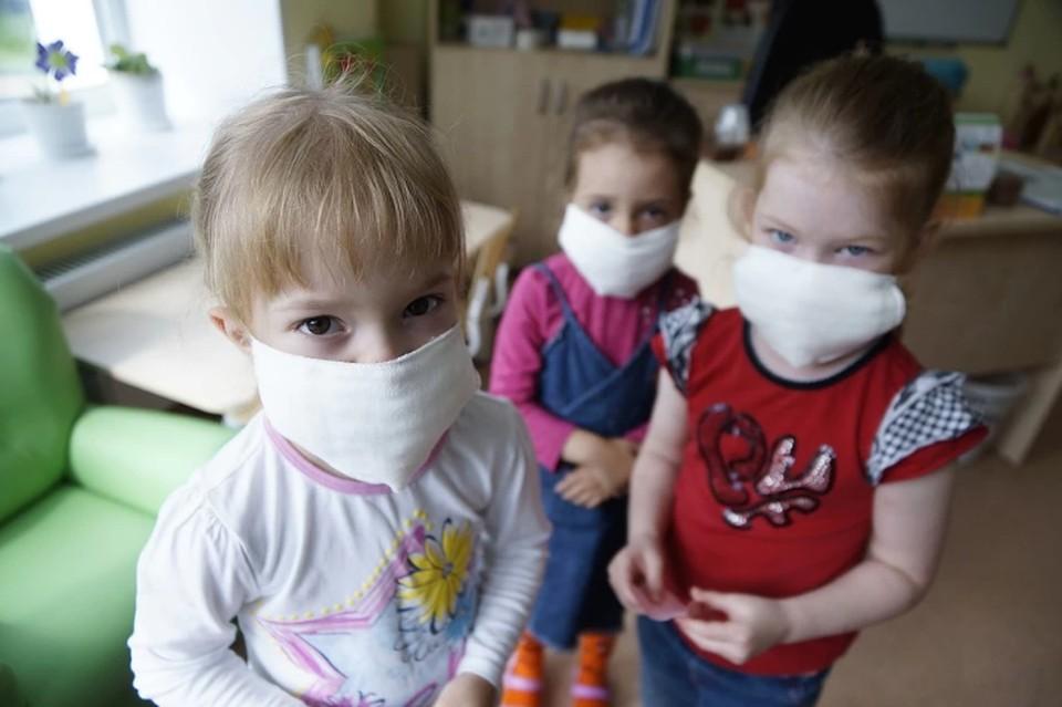 За сутки коронавирусом заболели 60 детей.