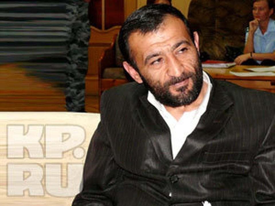 В 2008 году Мгер Асрян и два его товарища с почти одинаковыми именами и фамилиями Армен Лязгян и Армен Лазгян похитили прямо с парковки на улице Баумана мурманского бизнесмена Гогика Торосяна.