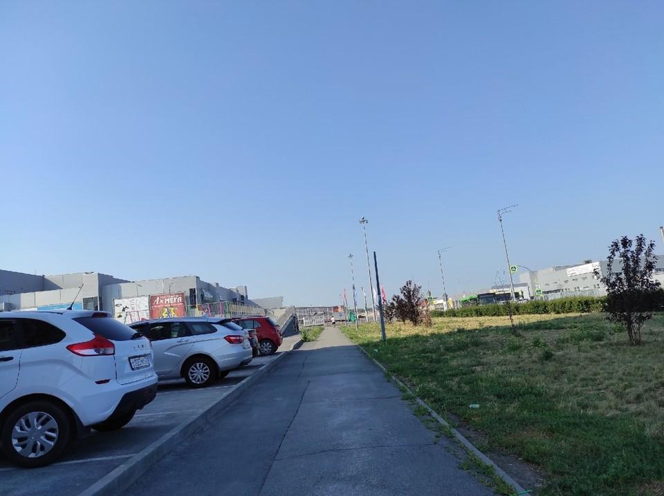 На улице Дамбовской в Тюмени отключат светофоры.