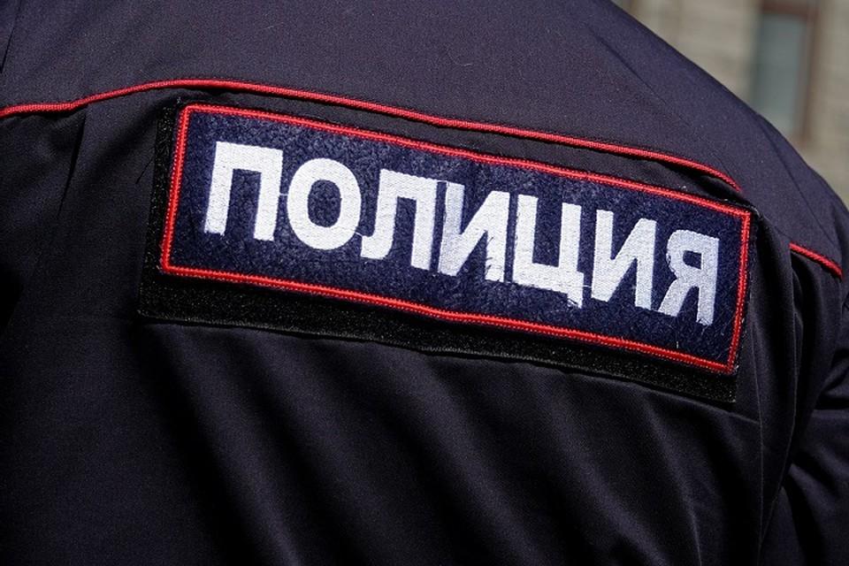 Полиция выясняет причины стрельбы на Кировском карьере.