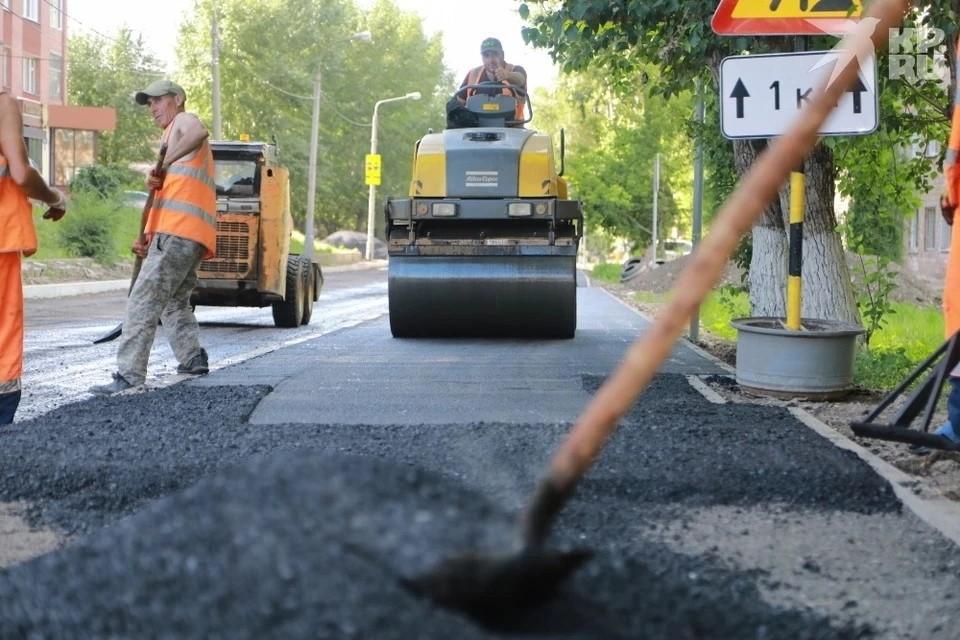 Работы пройдут на площади 113,5 тыс. кв.м. дорожного полотна.