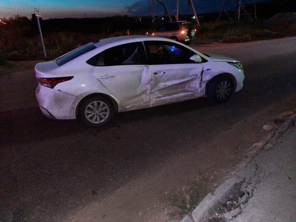 В ДТП на улице Алебашевской в Тюмени из-за отца пострадали его жена и три дочки.
