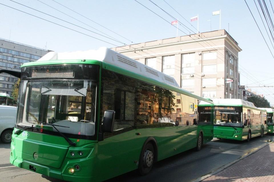 Челябинские власти намерены покупать только зеленые автобусы. Фото: администрация Челябинска