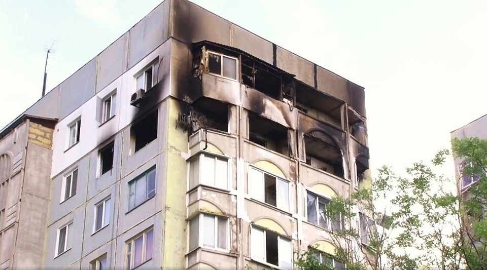 Некоторые квартиры сильно пострадали, жильцов из них переселят. Фото: Сергей Бороздин / Facebook