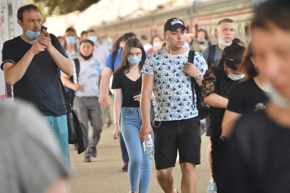 Из общего числа выявленных случаев заболевания 4687 жителей ЛНР побороли болезнь