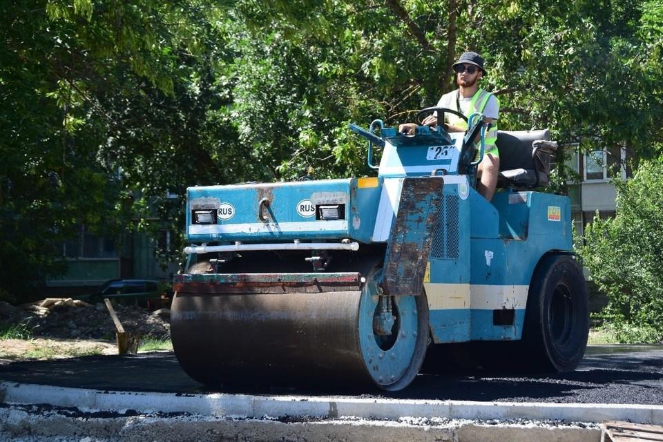 Скоро автомобилисты смогут ездить по обновленной дороге. Фото: пресс-служба администрации Симферополя