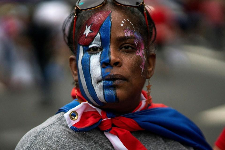 Кубу сотрясают крупнейшие за последние 30 лет протесты.