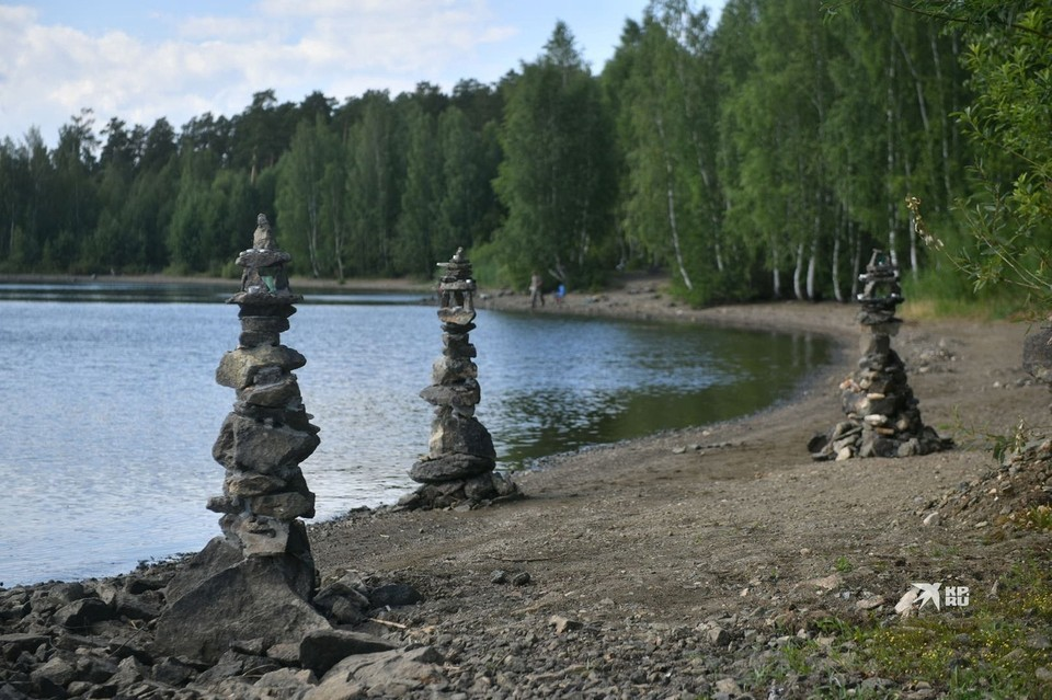 На Флюсе расположен единственный уральский пляж для нудистов