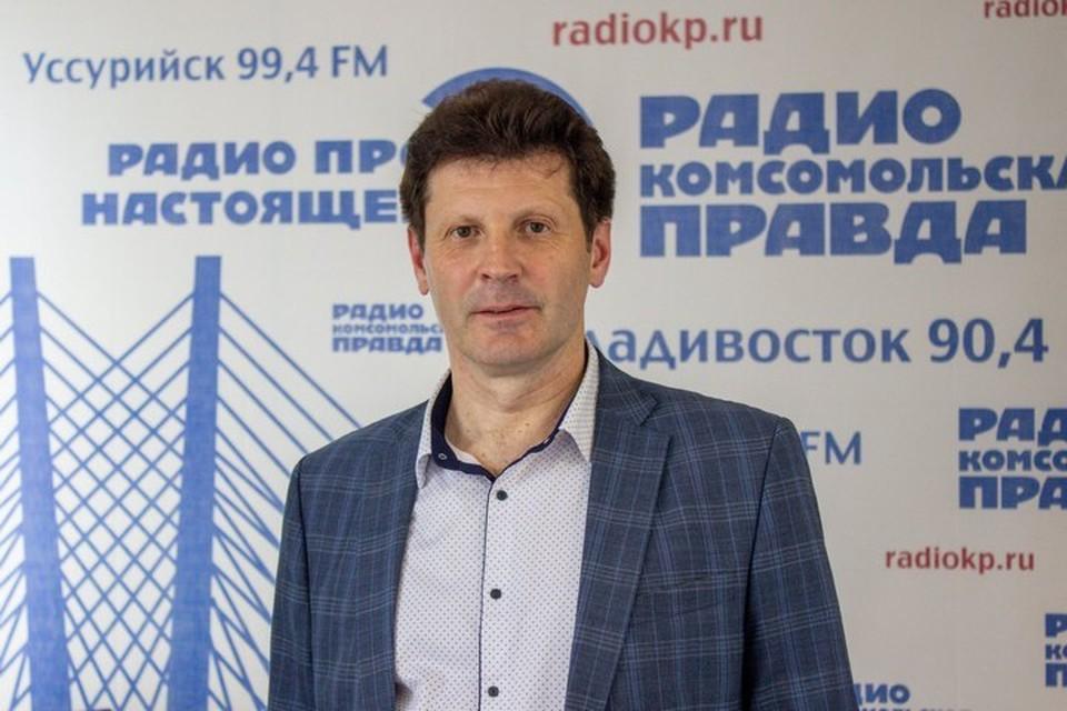 Максим Белобородов в студии радио «Комсомольская правда - Владивосток»