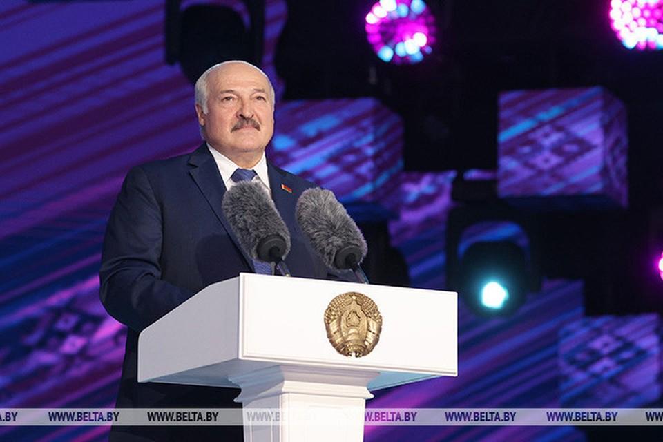 Лукашенко принял участие в церемонии открытия XXX Международного фестиваля искусств «Славянский базар в Витебске»