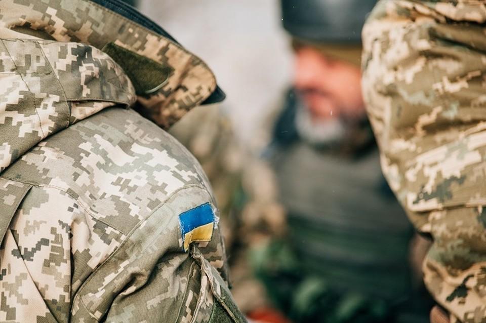 Жители Станицы Луганской избили солдат ВСУ. Фото: штаб ООС