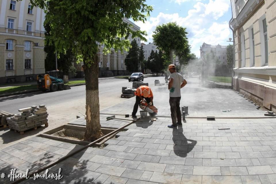 В Смоленске завершают ремонт улицы Пржевальского. Фото: администрация Смоленска.