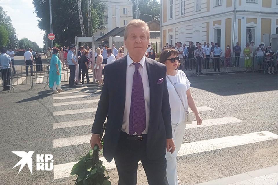 Лев Лещенко на открытии памятника Андрею Дементьеву