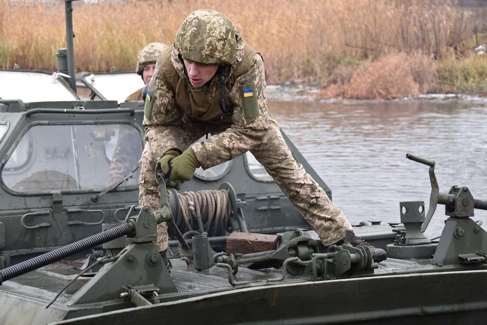 Украинские солдаты устроили ДТП