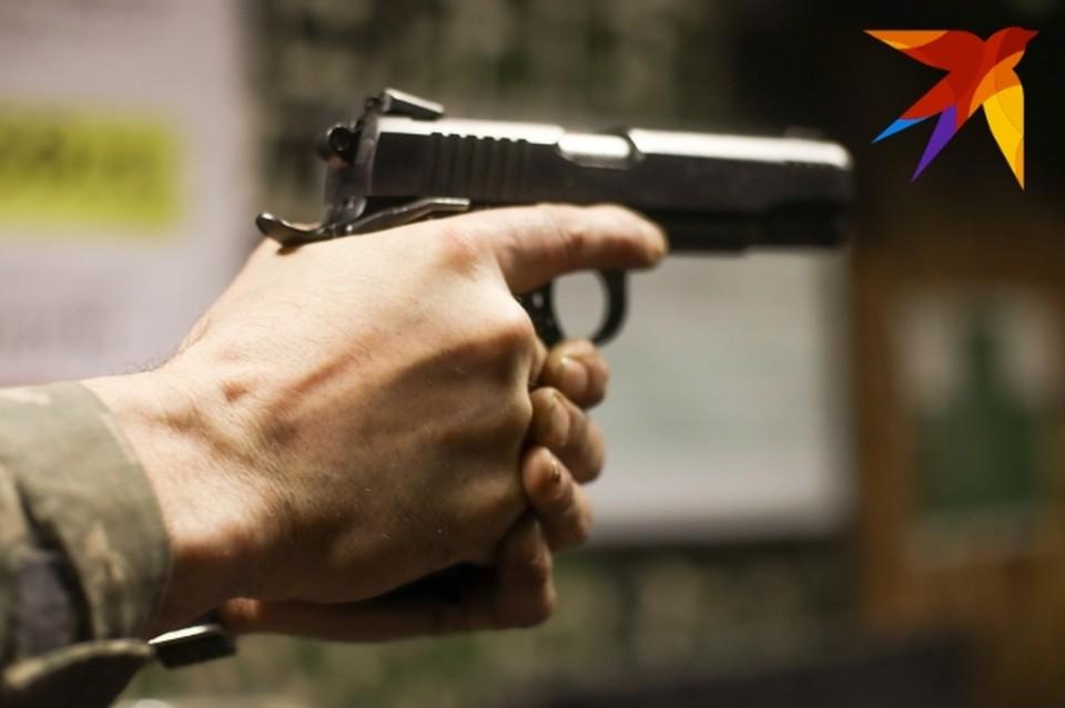 Преступник ограбил банк под угрозой оружия