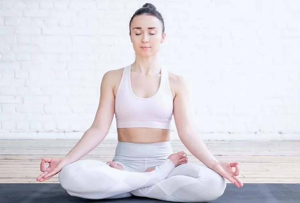 После того, как вы поправились от ковида, начинайте делать несложную дыхательную гимнастику (Фото: Shutterstock).