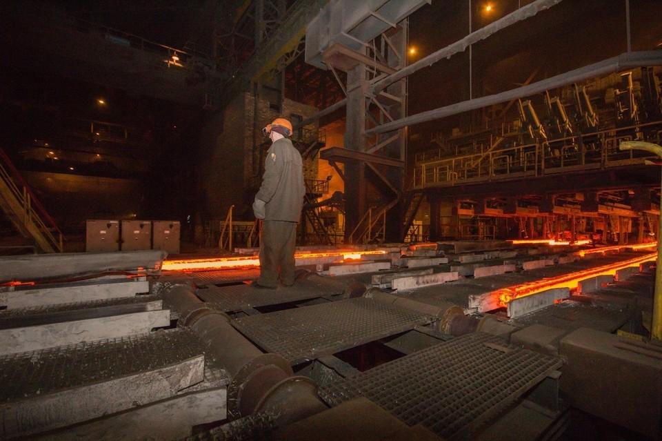 Глава ДНР пообещал, что руководство государства будет поддерживать инициативы металлургов, направленные на развитие отрасли