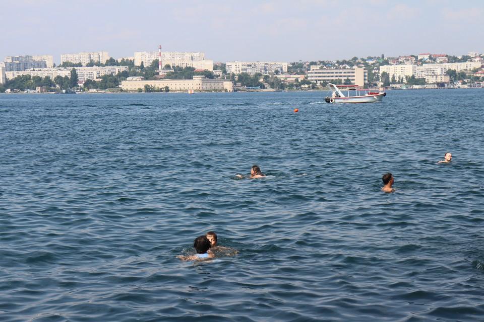 Море у берегов Севастополя прогрелось до 25°.