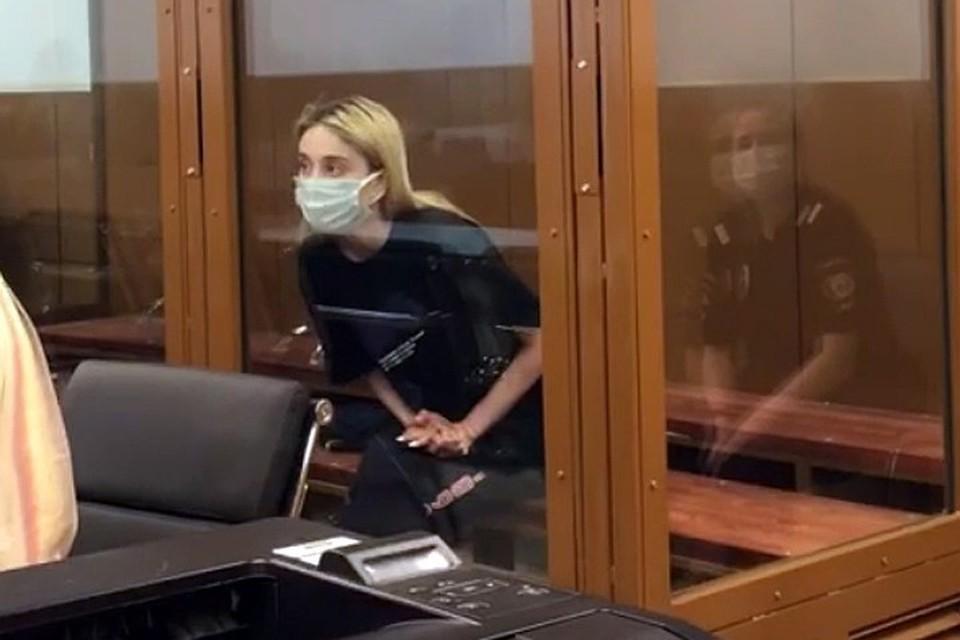 Родственник сбившей троих детей в Москве студентки рассказал о ее состоянии после ДТП Фото: пресс-служба Никулинского райсуда Москвы