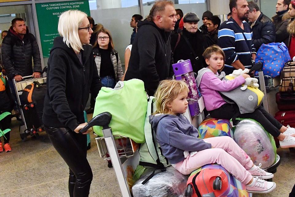 Правительство утвердило правила предоставления субсидий авиакомпаниям на компенсацию льготных тарифов для поездок семей с детьми