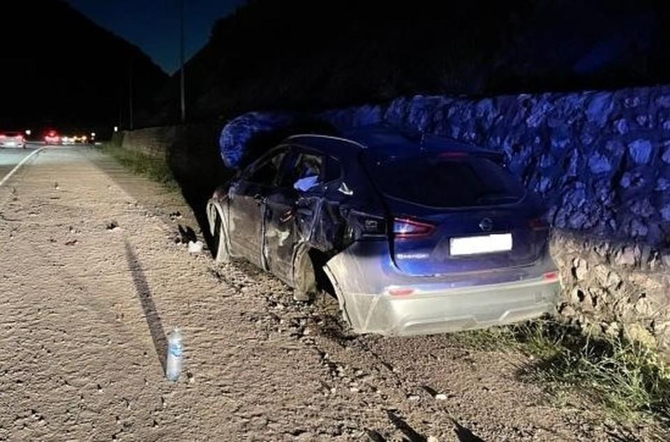 Авария произошла в вечернее время суток. Фото: Пресс-служба УМВД по городу Севастополю.