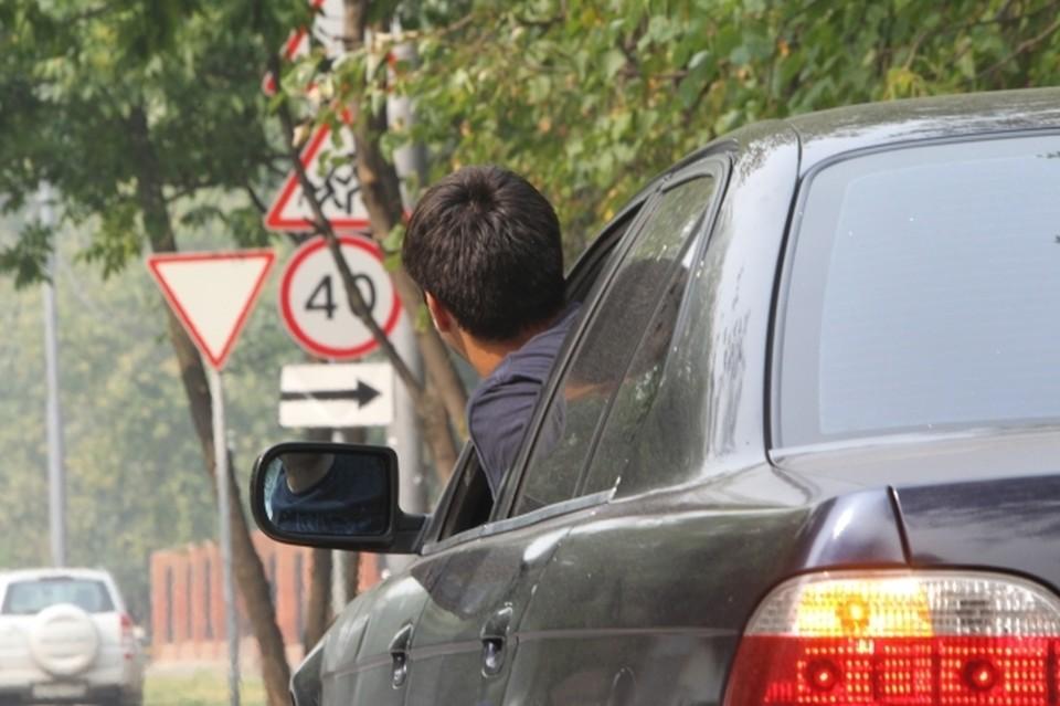 В столице Коми временно ограничат движение транспорта на участках дорог по улицам Маегова, Цветочная и Тентюковская