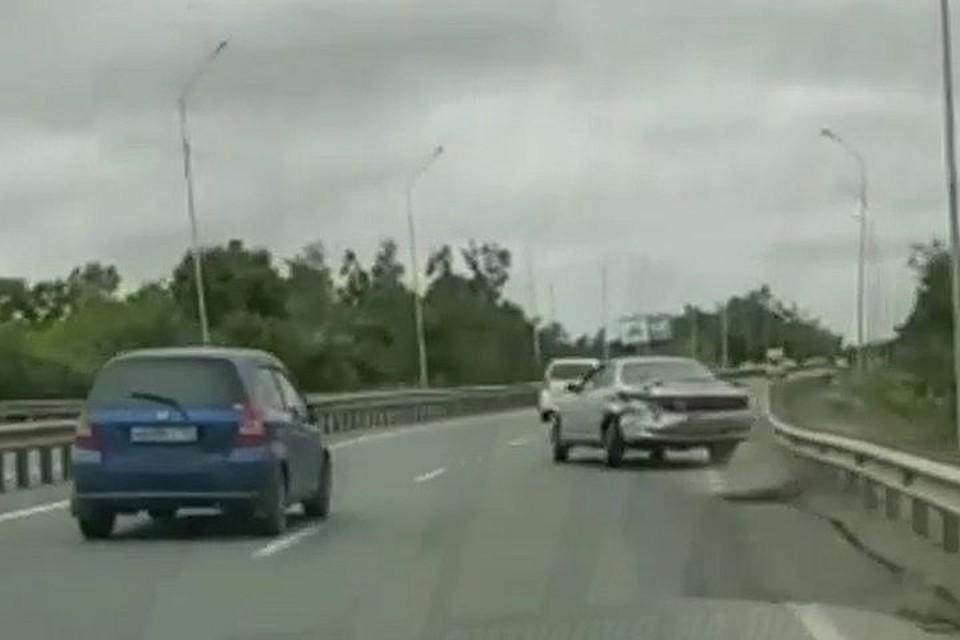 Водитель несколько раз провоцировал аварийную ситуацию.