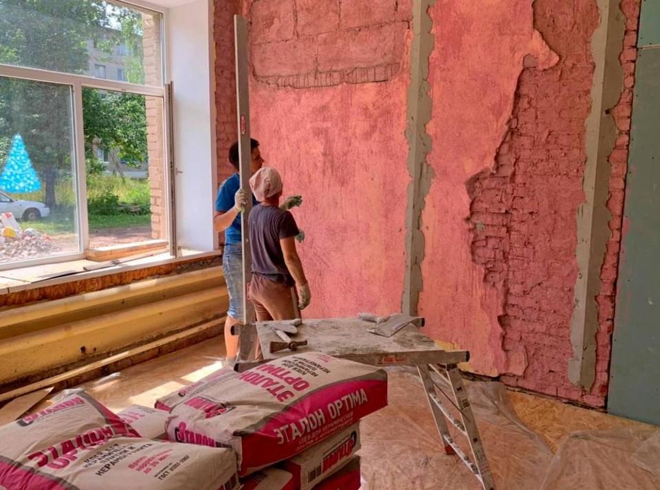 Голынковский подростковый клуб капитально ремонтируют. Фото: Андрей Смирнов.