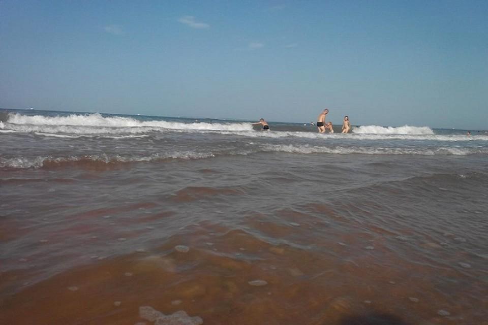 Вода в Керченском проливе прогрелась до 28 градусов.