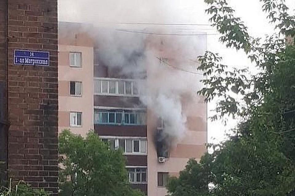 Пожар в доме на Светланской. Фото: www.instagram.com/svodka25.